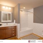 1_Delaware-05-Bathroom