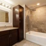 1050-APT2-4-Bath1