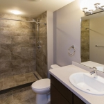 172-APT-202-Bathroom