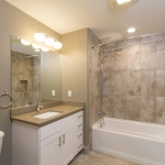 303-192-Swan-6-Bathroom