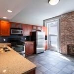 414 Franklin-Apt2-Kitchen.jpg