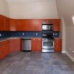 414 Franklin-Apt3-Kitchen.jpg