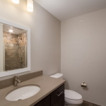 618-DEL-APT-201-5-Bathroom