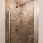 618-DEL-APT-201-6-Bathroom