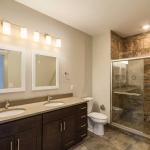 14-81-Tussing-Bathroom