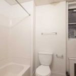857-Delaware-APT4-12-Bathroom2