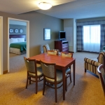 Country Inn and Suites Buffalo South - Suite