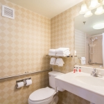 Days Hotel - Accessible Bathroom