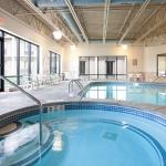 Days Hotel - Indoor Pool