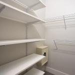 SYM-Closet