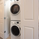 SYM-Laundry