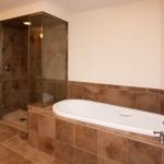 Pasquale Apt 701 Mast Bath