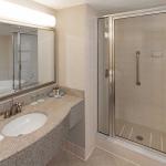 Wingte-Suite-Bath-Jacuzzi