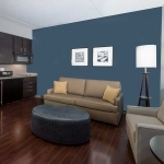 Wyndham Garden Williamsville suite
