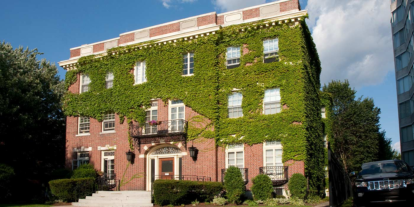 857 Delaware Apartments
