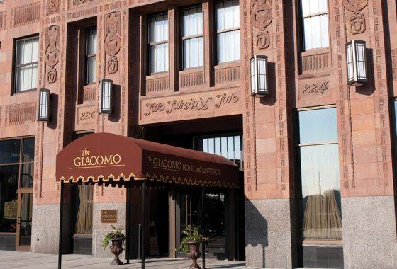 Giacomo Hotel Niagara Falls