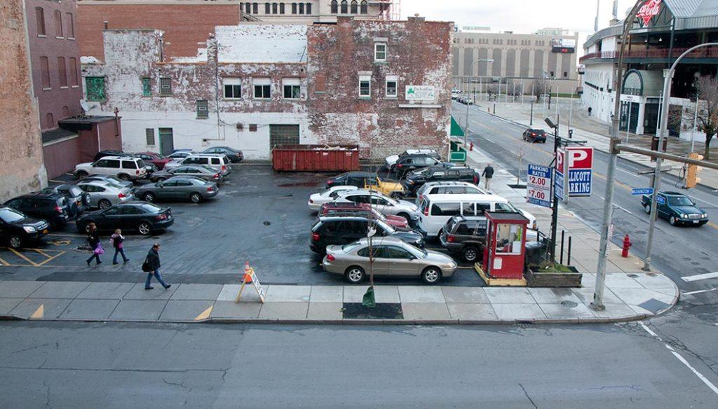 Washington & Swan parking lot