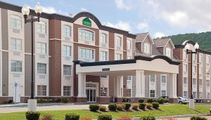 Wingate Hotel Ellicottville