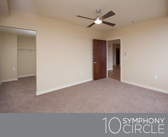 10-Symphony-03-Bedroom-550