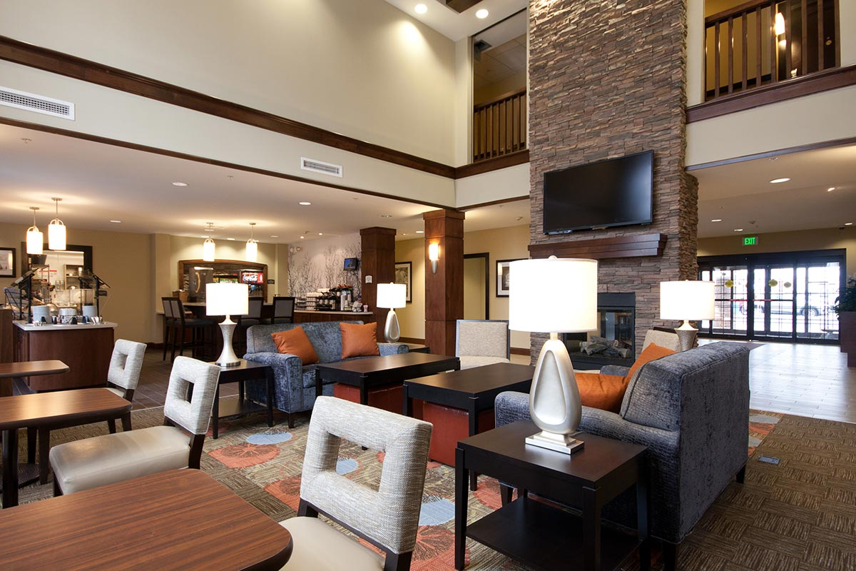 STAY-AM-Grand-Room