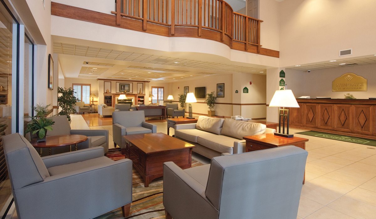 Wingate-Main-Lobby
